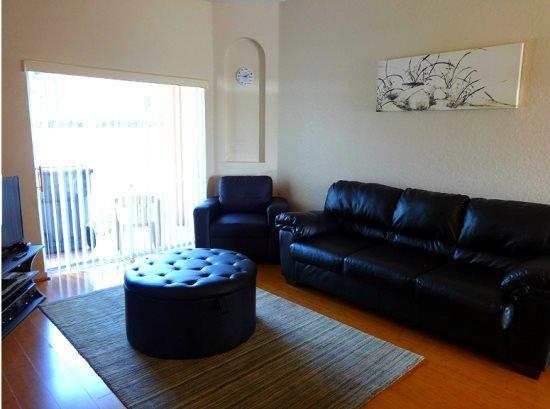 3 Bedrooms 3 Bath Town Hime in Regal Palms Resort. 416CA - Image 1 - Davenport - rentals