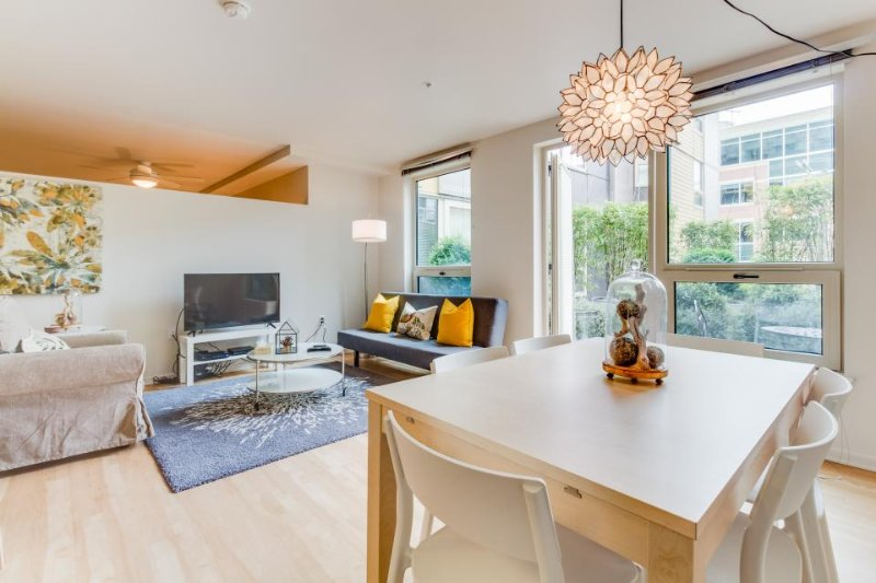 Dog-friendly South Lake Union condo w/ great amenities! - Image 1 - Seattle - rentals