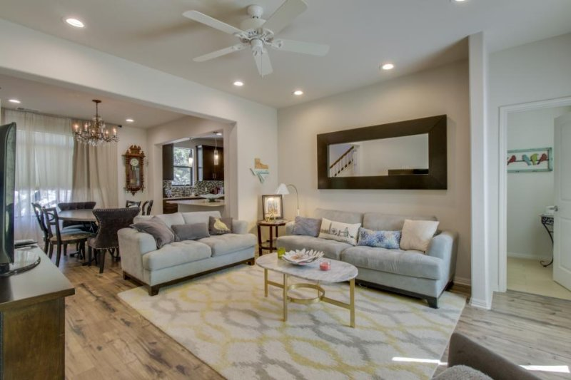 Chic, well-appointed two-story condo in the heart of Austin. - Image 1 - Austin - rentals