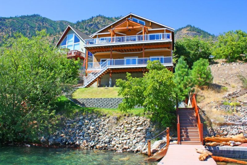 Stunning lakeside home with  private dock on Lake Chelan, spacious deck w/views! - Image 1 - Chelan - rentals