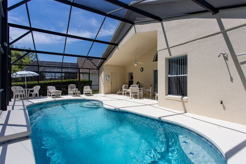 The Pool - Luxury 4 b/rm pool villa near DisneyWorld, Florida - Kissimmee - rentals