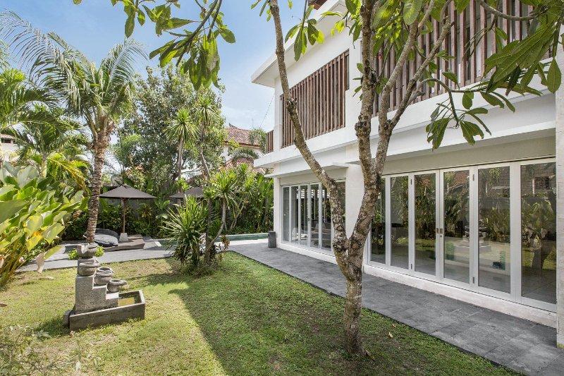 Garden+Facade - Seminyak Villa 108 - Seminyak - rentals