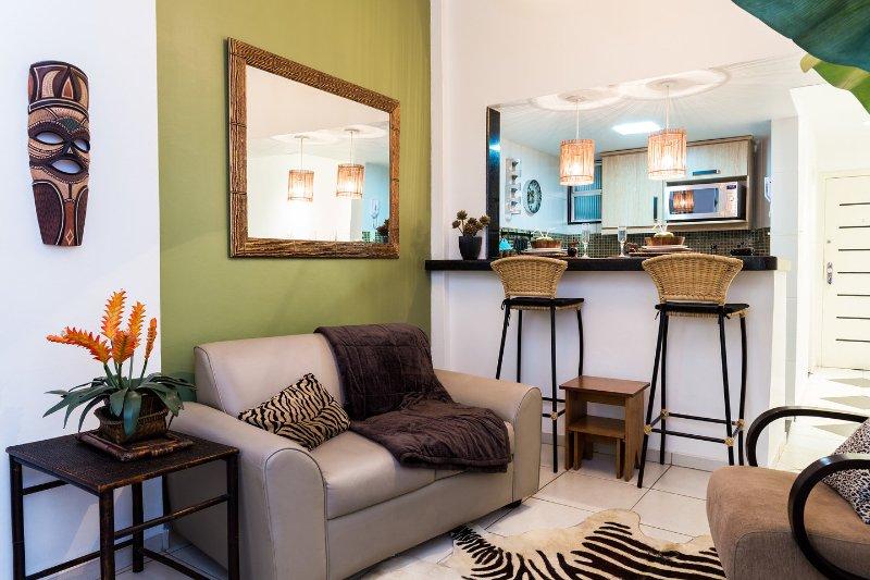 Living Room - RIO BAY HOUSING - Copacabana Romantic Luxury Suite - Rio de Janeiro - rentals