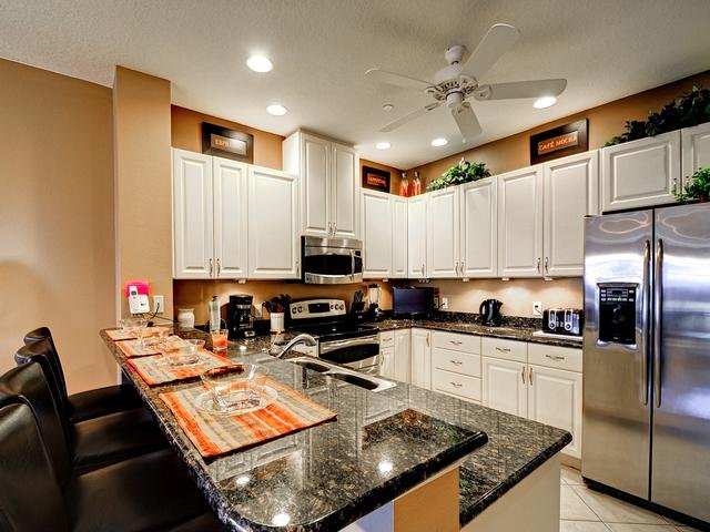 Breakfast bar makes a cozy coffee nook - Belle Harbor 14 Town Home, 2 Bedrooms,  2.5 Bath - Clearwater Beach - rentals