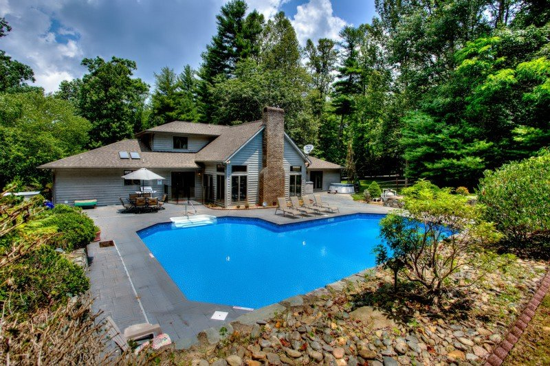 Mountain Lake Retreat - Mountain Lake Retreat - Hendersonville - rentals