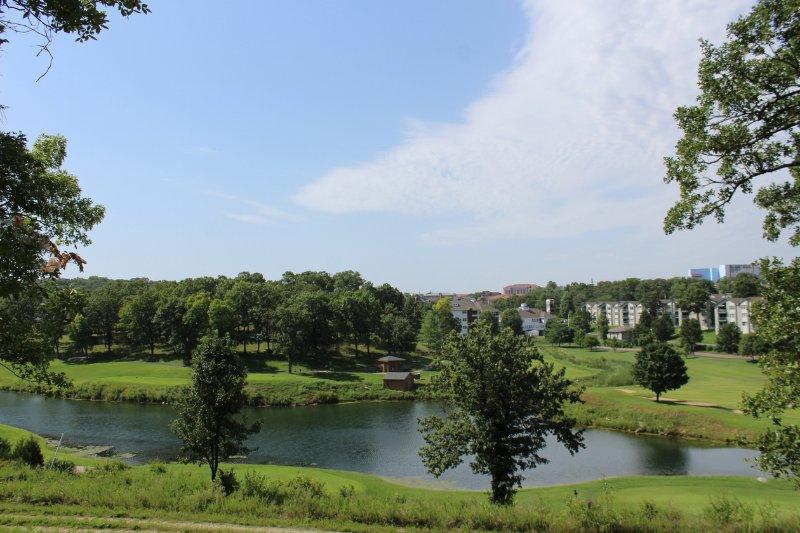 Branson Condo | Thousand Hills | Pool | 76 Strip | Golf Views | Branson Shows - Image 1 - Branson - rentals