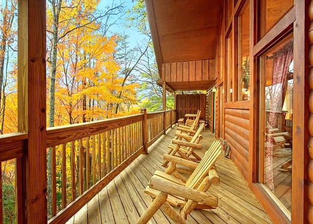 6BR Pigeon Forge Lodge w/ Theater Area. Summer Special from 249!!! Sleeps 18 - Image 1 - Sevierville - rentals