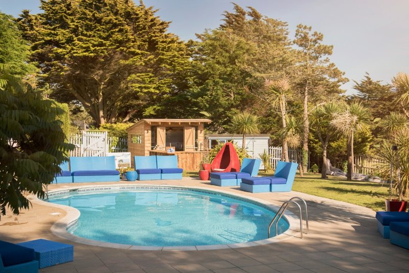 Derow, The Park  located in Newquay, Cornwall - Image 1 - Newquay - rentals