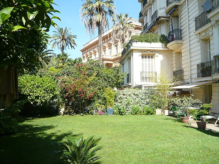 3 bedroom Apartment in Nice, Cote d'Azur, France : ref 2008346 - Image 1 - Nice - rentals