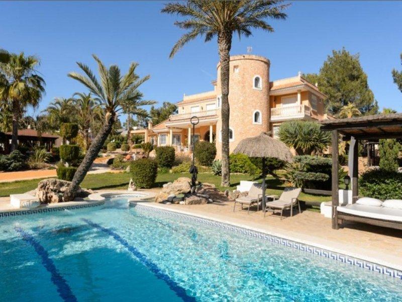 9 bedroom Villa in Santa Eulalia Del Rio, Sta. Gertrudis De Fruitera, Baleares, Ibiza : ref 2132854 - Image 1 - Santa Eulalia del Rio - rentals