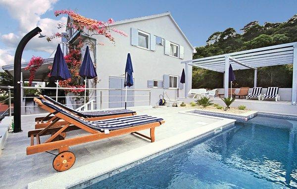 6 bedroom Villa in Lastovo-Pasadur, Island Of Lastovo, Croatia : ref 2183672 - Image 1 - Pasadur - rentals
