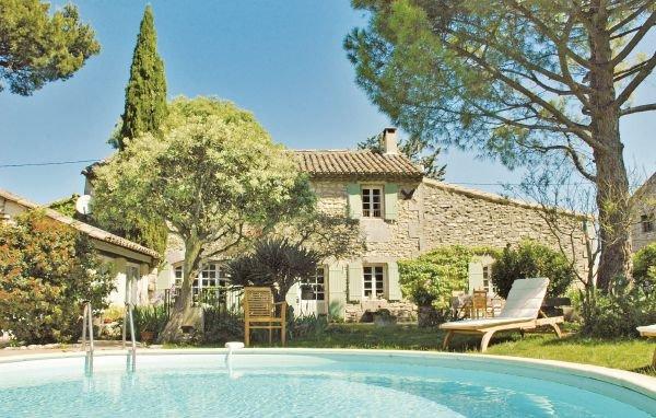 4 bedroom Villa in St Remy de Provence, Bouches Du Rhone, France : ref 2186211 - Image 1 - Saint-Remy-de-Provence - rentals
