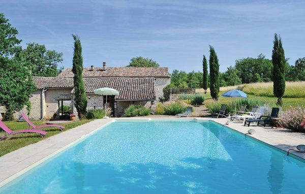4 bedroom Villa in Cahuzac sur Vere, Tarn, France : ref 2185679 - Image 1 - Cahuzac-sur-Vere - rentals