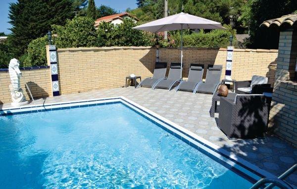 5 bedroom Villa in Sete, Herault, France : ref 2221441 - Image 1 - Balaruc-les-Bains - rentals