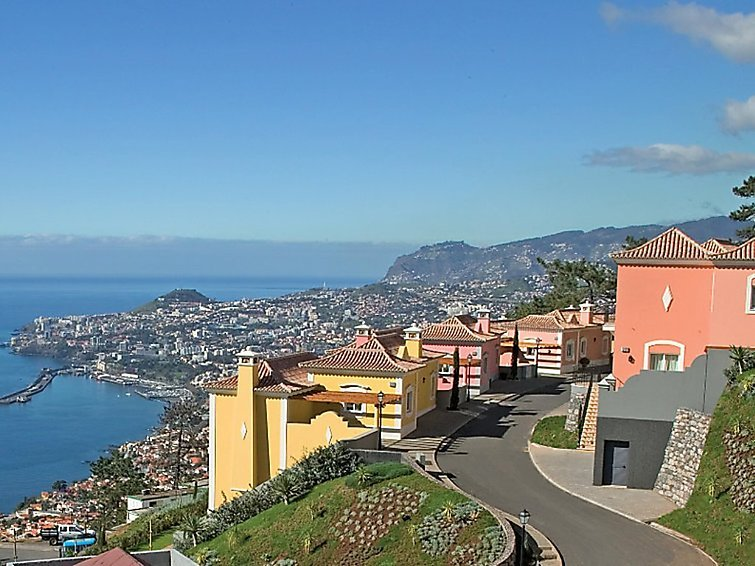 3 bedroom Villa in Madeira Funchal, Madeira, Portugal : ref 2243400 - Image 1 - Canico - rentals