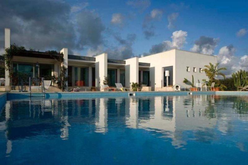 4 bedroom Villa in Trapani, Sicily, Italy : ref 2249160 - Image 1 - Erice - rentals