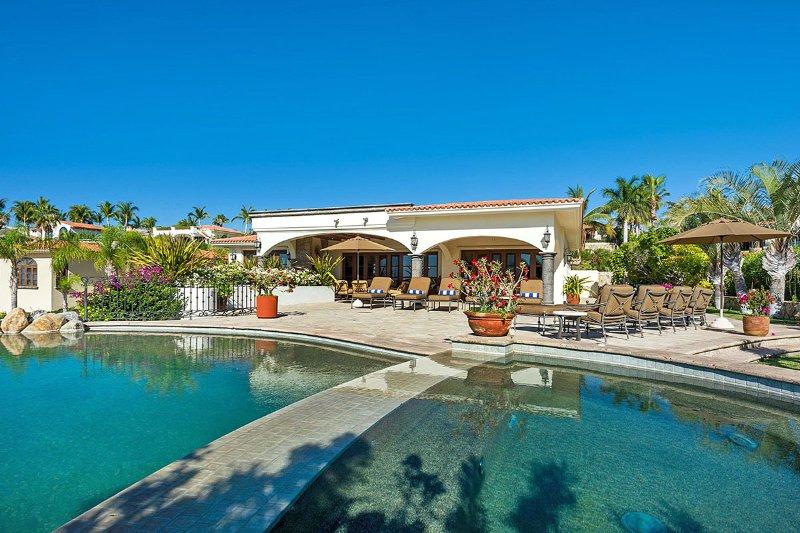 Casa de Cortes, Sleeps 10 - Image 1 - San Jose Del Cabo - rentals