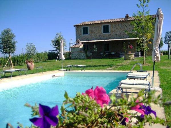 3 bedroom Villa in Centoia I, Tuscany, Italy : ref 2266182 - Image 1 - Pietraia - rentals