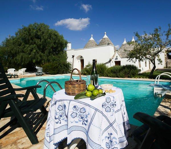 3 bedroom Villa in Locorotondo, Apulia, Italy : ref 2269003 - Image 1 - Locorotondo - rentals