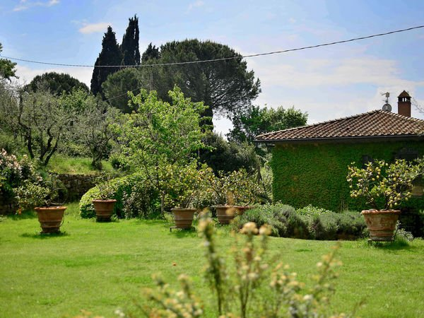 3 bedroom Villa in Pino, Tuscany, Italy : ref 2269891 - Image 1 - Pian di Sco - rentals