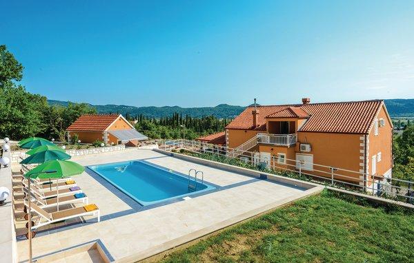 6 bedroom Villa in Dubrovnik-Pridvorje, Dubrovnik Riviera, Croatia : ref 2277753 - Image 1 - Ljuta - rentals