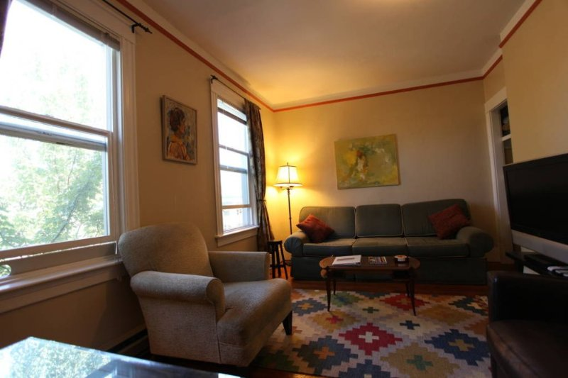 Furnished 2-Bedroom Apartment at E Pike St & Minor Ave Seattle - Image 1 - Seattle Metro Area - rentals