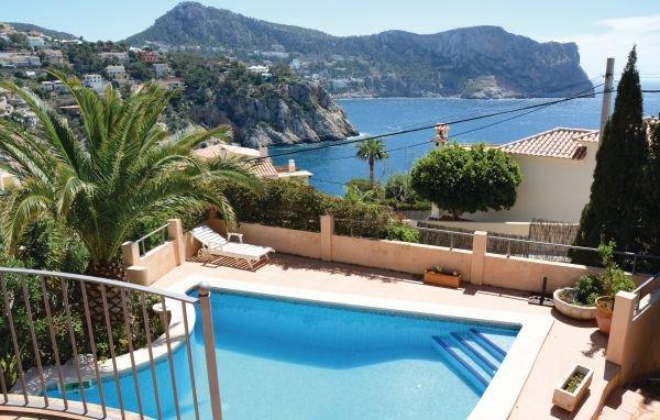 4 bedroom Villa in Puerto de Andratx, Majorca, Mallorca : ref 2281063 - Image 1 - Port d'Andratx - rentals