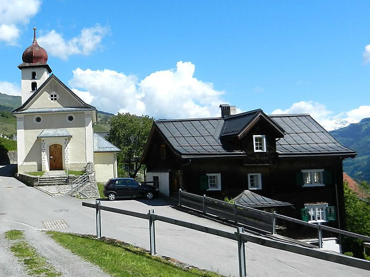 5 bedroom Apartment in Surcasti, Surselva, Switzerland : ref 2284975 - Image 1 - Surcasti - rentals