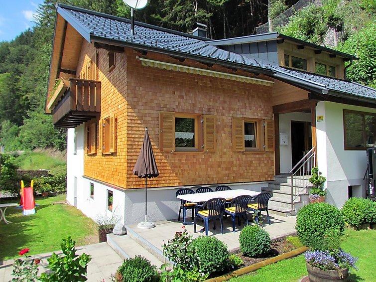 4 bedroom Villa in Sankt Anton im Montafon, Montafon, Austria : ref 2295772 - Image 1 - Saint Anton im Montafon - rentals