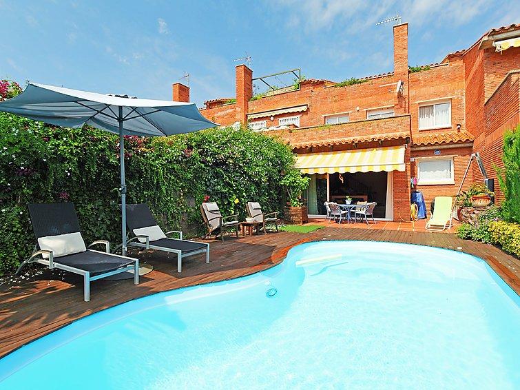 3 bedroom Villa in Sant Vicenc de Montalt, Barcelona Costa Norte, Spain : ref - Image 1 - Sant Vicenc De Montalt - rentals