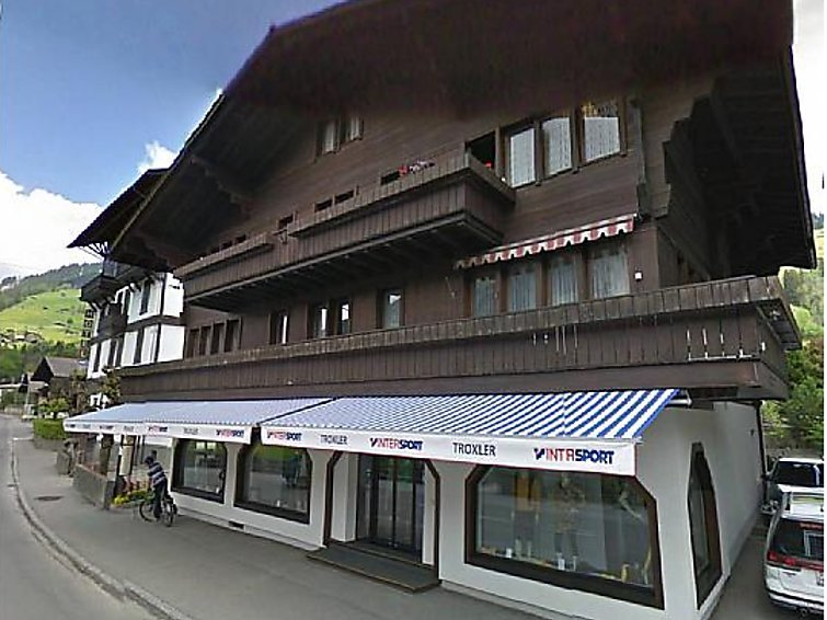 4 bedroom Apartment in Lenk, Bernese Oberland, Switzerland : ref 2297019 - Image 1 - Lenk - rentals