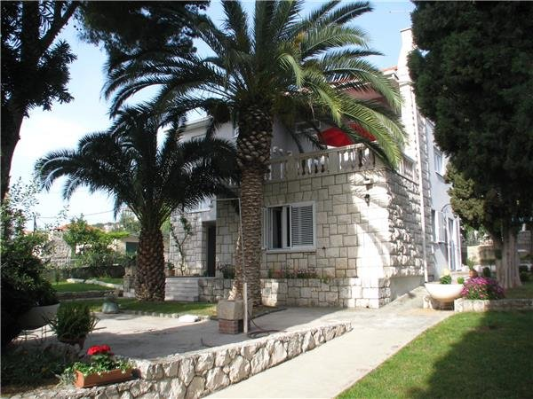 4 bedroom Villa in Trogir, Central Dalmatia Islands, Ciovo, Croatia : ref 2302148 - Image 1 - Trogir - rentals