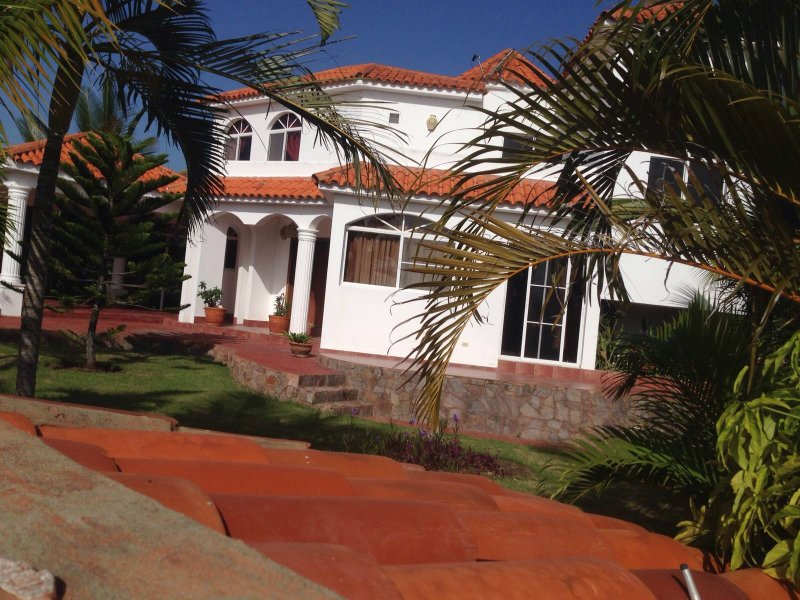 We have 2 houses just each beside for rent - panoramic view house with 3 bedrooms, STAR HILLS - Puerto Plata - rentals