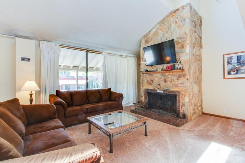 Panoramic view from this spacious condo w/ updated amenities and shared hot tub! - Image 1 - Copper Mountain - rentals
