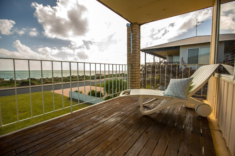 Beachside at Silver Sands - Image 1 - Mandurah - rentals