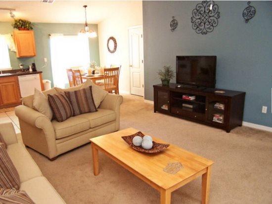 Sandy Ridge 4 Bedroom 3 Bath Pool Home. 1062RRD - Image 1 - Davenport - rentals