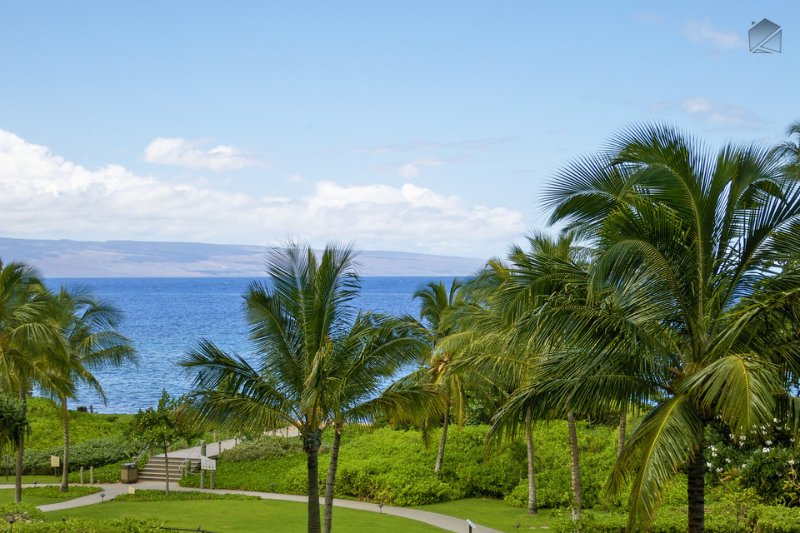 Gaze out at that incredible blue ocean from the lanai - Ocean View at the Best Luxury Resort on Ka'anapali Beach! 5 Star Hotel Amenities - Pacific Blue at 346 Konea - Ka'anapali - rentals
