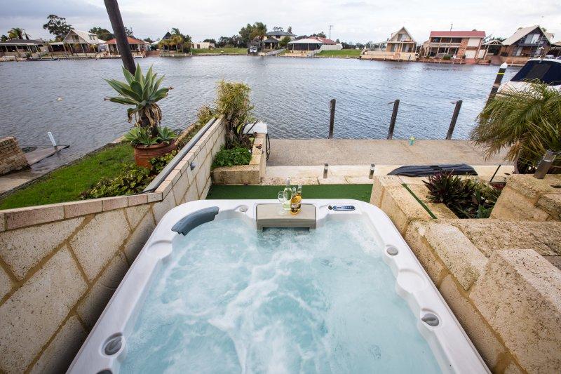Waterside Resort Style - Image 1 - Mandurah - rentals