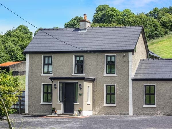 HANNON'S COUNTRY FARMHOUSE, woodburner, en-suite, pet-friendly, renovated property near Ballymote, Ref. 30562 - Image 1 - Ballymote - rentals