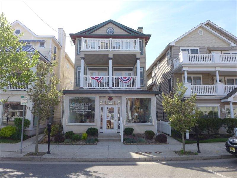 1259 Asbury Avenue 2nd Floor 125818 - Image 1 - Ocean City - rentals