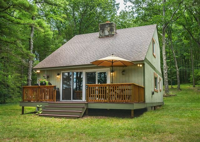 Exterior - Charming Lake Front Cottage with Private Dock! - Swanton - rentals