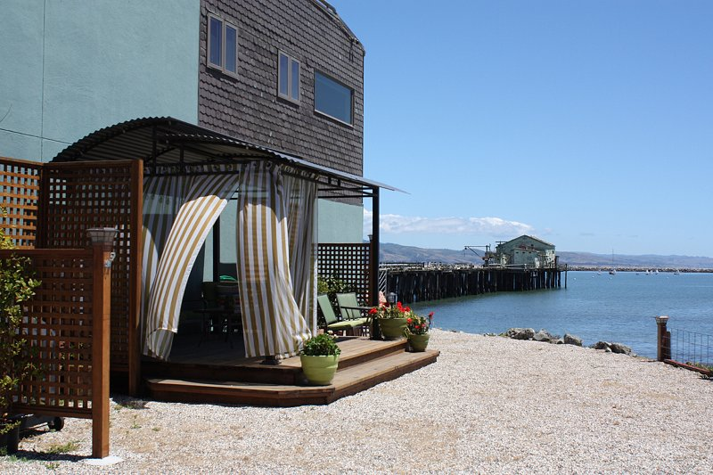 TROPICAL GARDEN SUITE on the BEACH at MAVERICKS! - Image 1 - Half Moon Bay - rentals