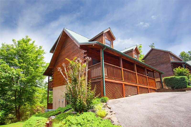 Moose Creek Lodge - Image 1 - Pigeon Forge - rentals
