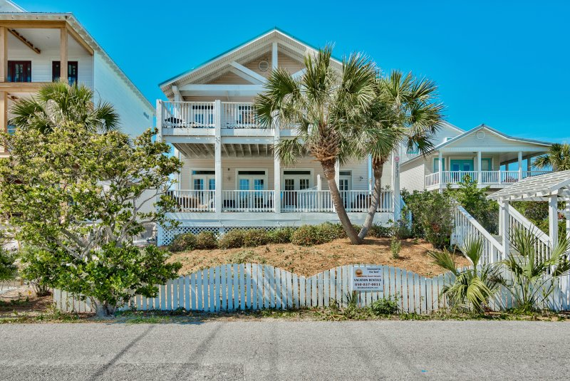 Welcome to Diamond in the Reef! - New!!  Directly Across from the Gulf with Views! - Destin - rentals