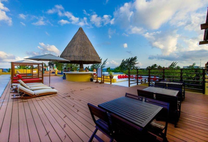 2 Bedroom Oasis on the beach - Image 1 - Riviera Maya - rentals
