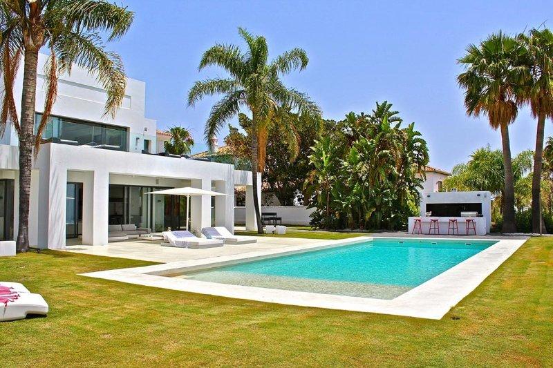 Villa Blu Marbella, Sleeps 12 - Image 1 - Marbella - rentals