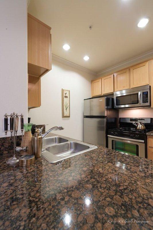 GORGEOUS 1 BEDROOM APARTMENT IN DESIRABLE WESTLAKE - Image 1 - Los Angeles - rentals