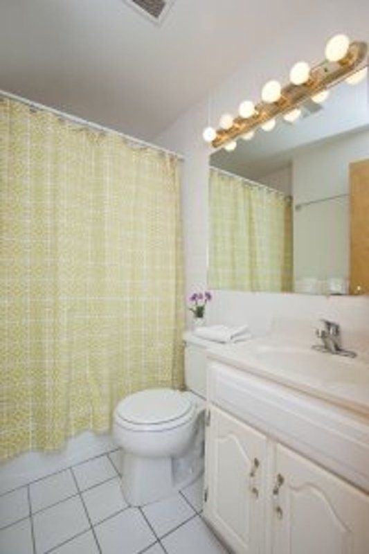 ELEGANT 1 BEDROOM NEW YORK APARTMENT - Image 1 - Weehawken - rentals