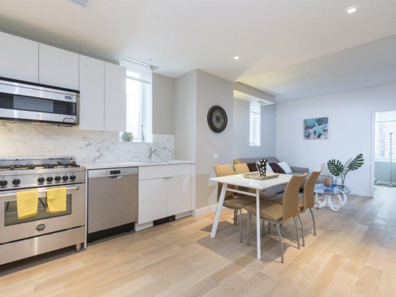 GORGEOUS 2 BEDROOM NEW YORK APARTMENT - 1 - Image 1 - Weehawken - rentals