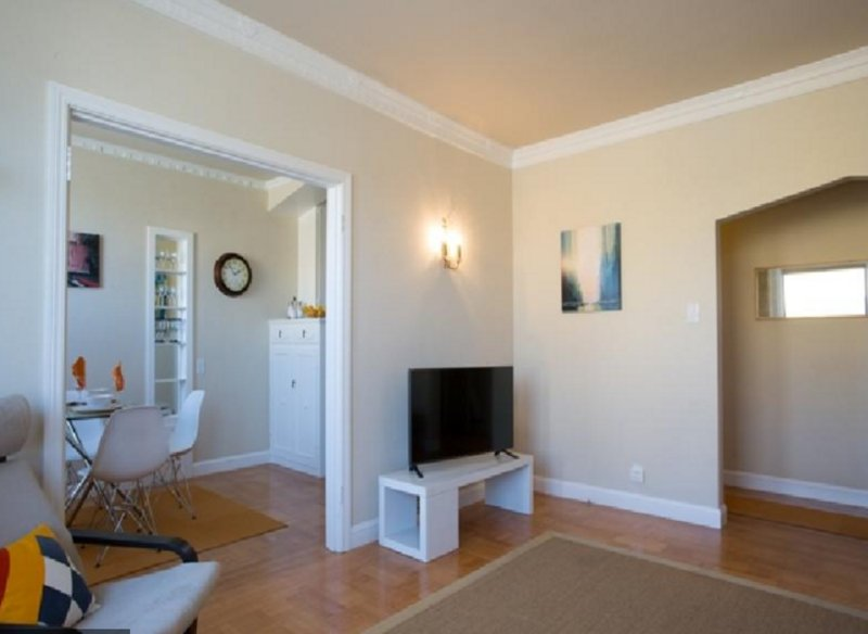 SPACIOUS AIRY ART DECO FLAT IN SUNSET - Image 1 - Forest Knolls - rentals